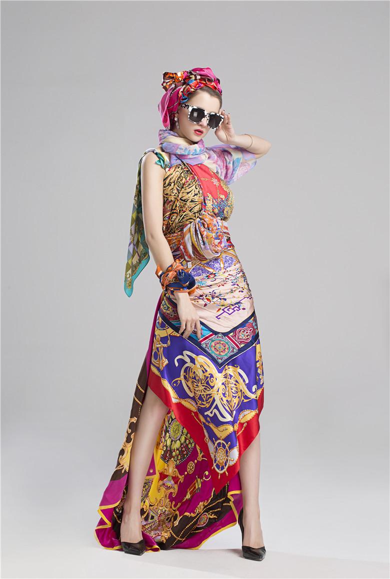 丝巾模特图