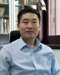丁义珏(200205).jpg