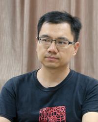 张卜天(200x250).jpg