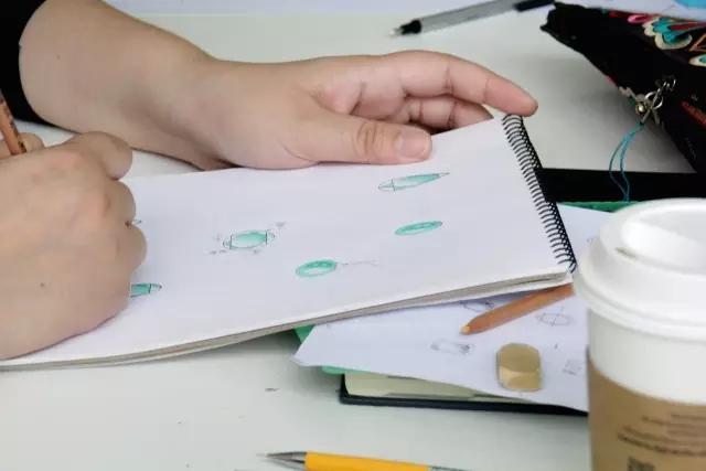 首饰设效果图手绘步骤
