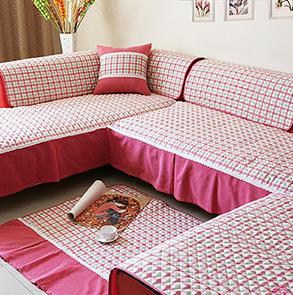 红色格子沙发垫