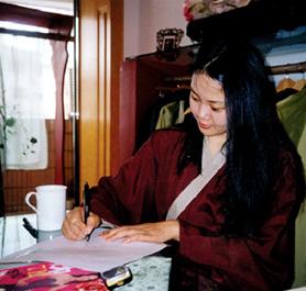 夏小姐(演员)   近视激光20年
