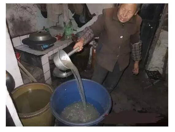 安装反渗透净水机