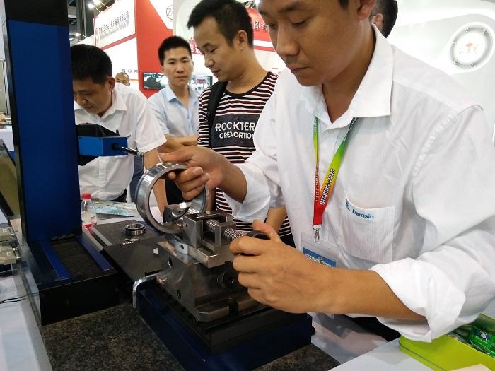丹青参加上海轴承展取得圆满成功!