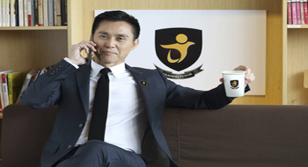 香港影视红星——张国强先生成为博爵学院首席代言人