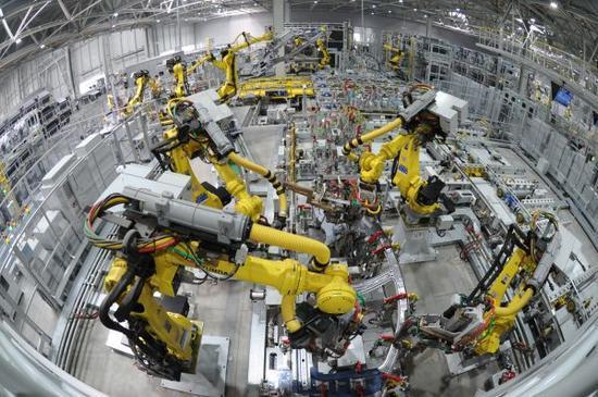 """2017-02-06 美媒:中国掀""""机器人革命"""" 美国不追赶会成输家"""