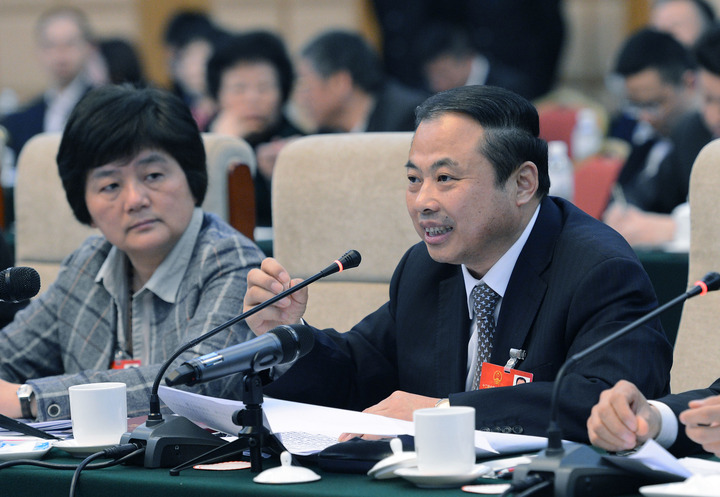 绿色发展战略成两会热点 全国人大代表建议修改《循环经济促进法》