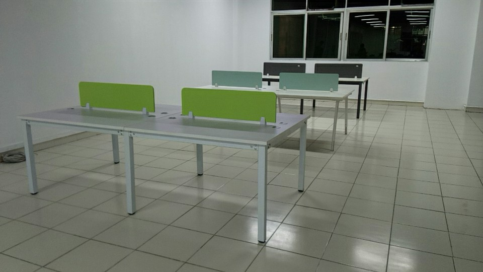 合步办公桌、洽谈桌工程案例------宝安黄先生