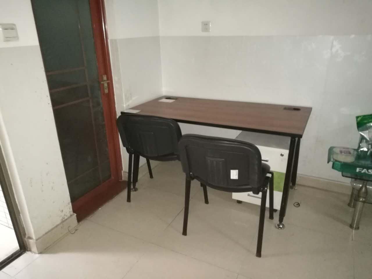 合步办公桌、沙发工程案例------宝安刘先生