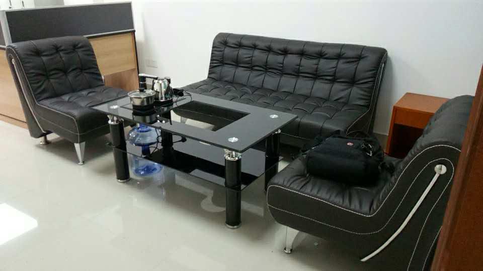 合步办公桌、沙发工程案例------宝安曾先生