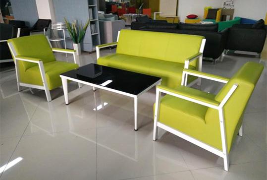 清新苹果绿3+1+1办公皮革沙发