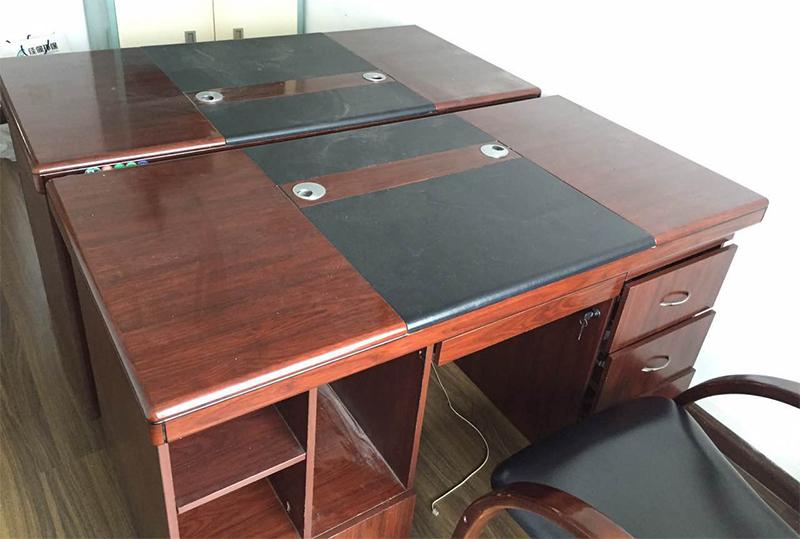 传统大气1.4米小型老板桌、经理桌