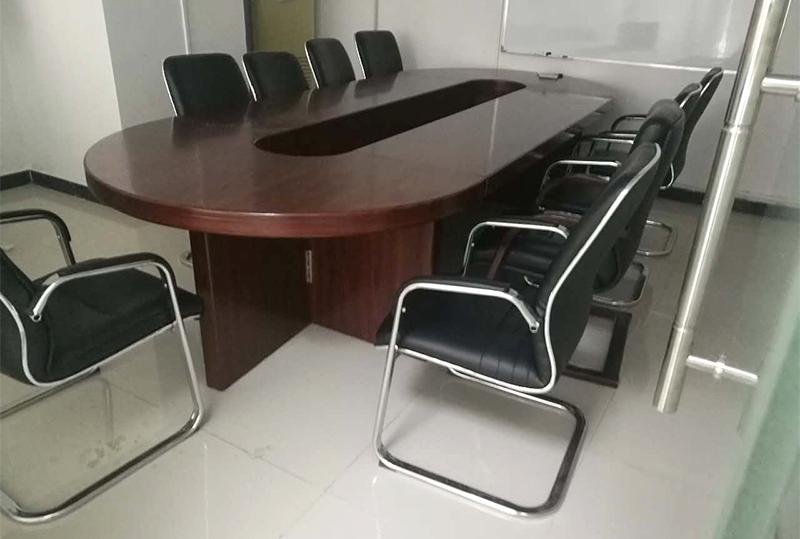 椭圆形实木办公会议桌