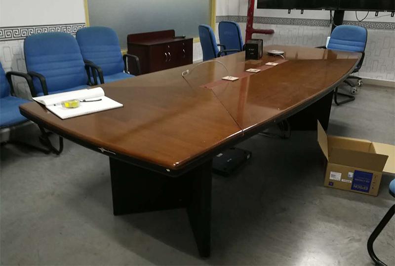 长方形实木办公会议桌
