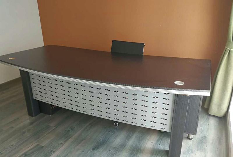 现代简约1.8米经理办公桌