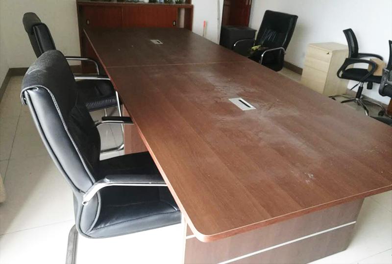 3.2米简约长方形办公会议桌