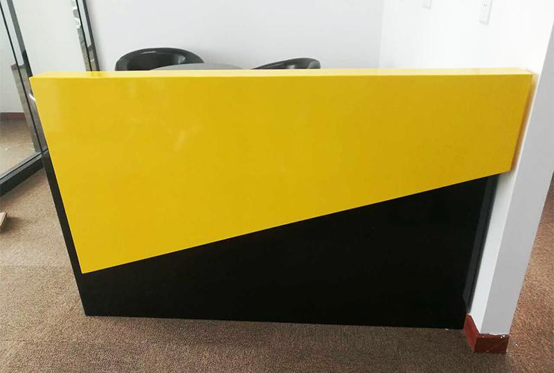 1.6米简约黄色烤漆办公、屏风前台