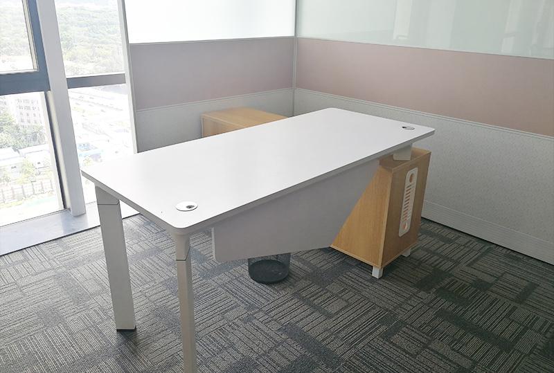 1.8米现代时尚设计经理办公桌