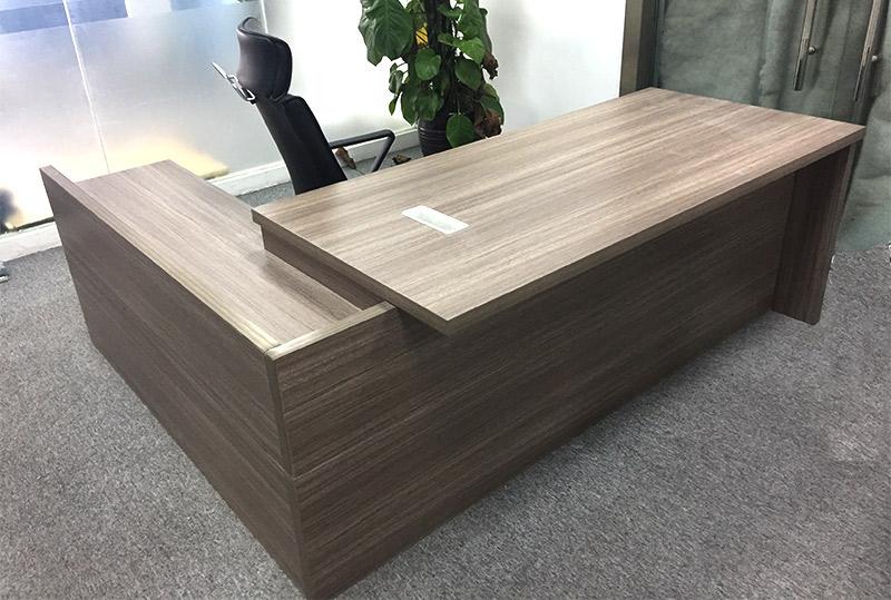 2.1米*0.85米简约条纹老板、经理办公桌