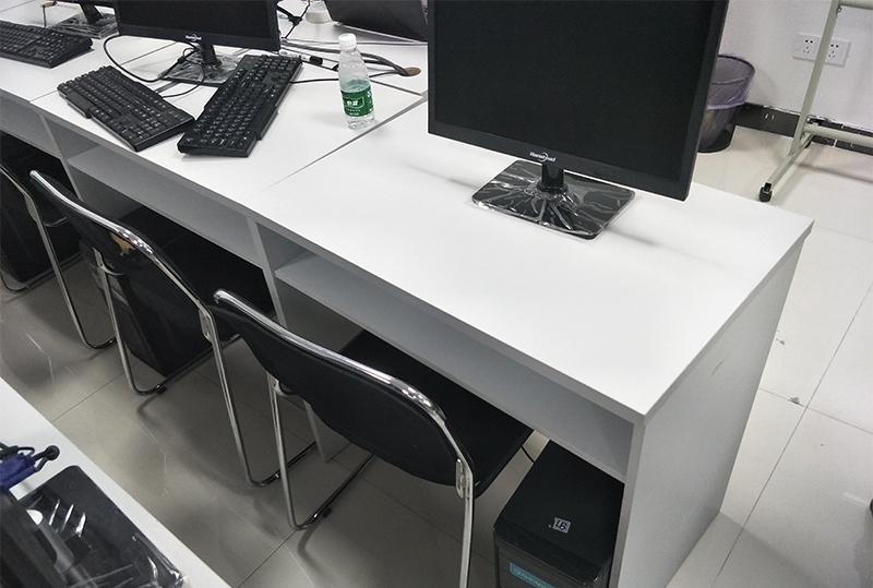 0.8米*0.5米简约员工电脑桌、培训桌