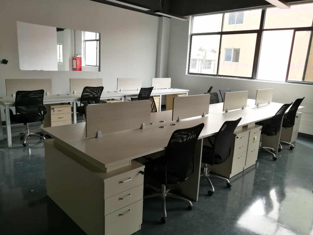 合步二手办公桌、二手沙发销售安装服务案例——全先生