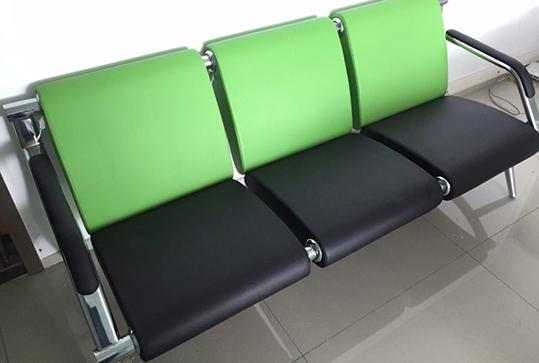 果绿色休闲办公沙发