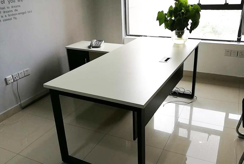 1.6米简约高质感经理办公桌