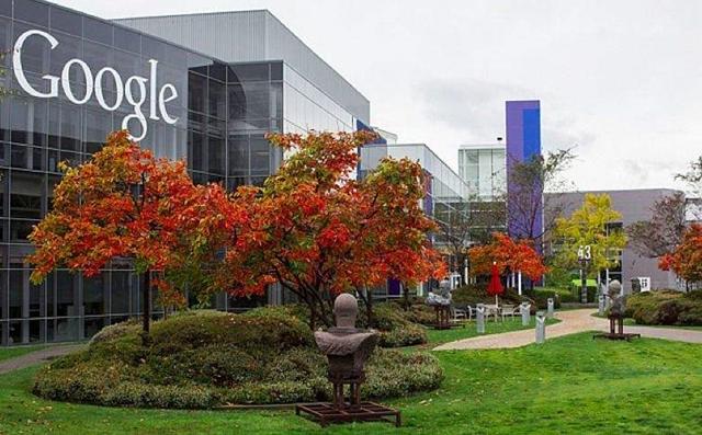 【行业】谷歌也被迫做出改变,搜索引擎也要做信息门户了