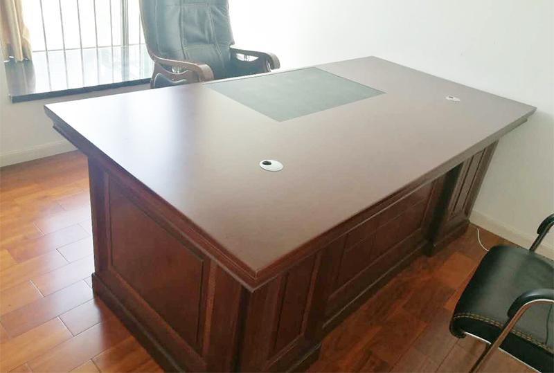 传统老板办公桌、大班台