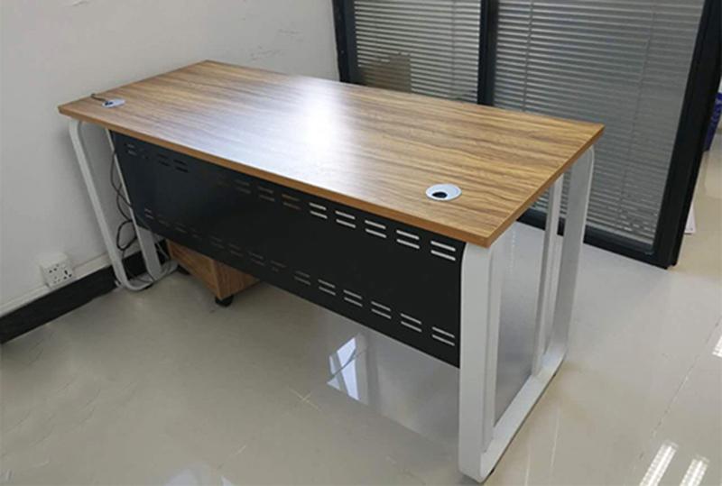 1.4米*0.6米简约轻便经理办公桌