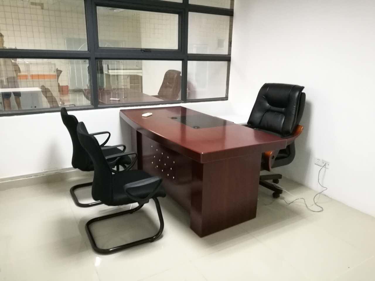 合步二手办公桌、二手沙发、二手茶几、大班台销售安装服务案例——韩先生