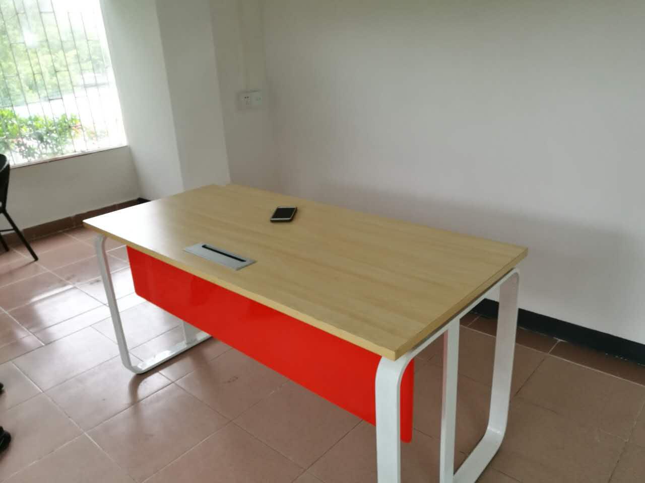 合步二手办公桌、二手椅子、二手货架、大班台销售安装服务案例——肖先生