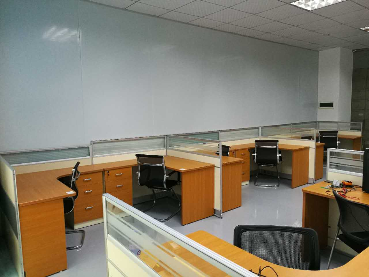 合步二手办公桌、前台销售安装服务案例——叶先生