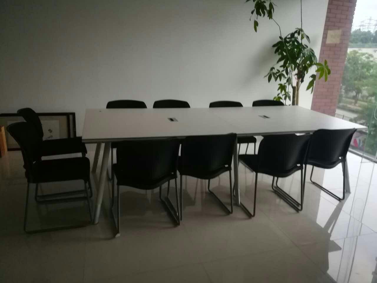 合步二手办公桌、会议桌、文件柜销售安装服务案例——李先生
