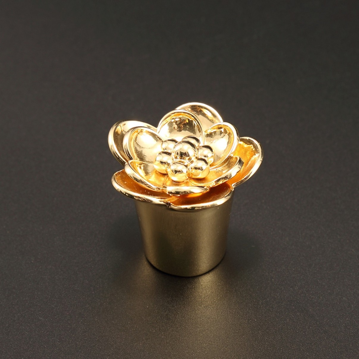 Perfume bottle cap