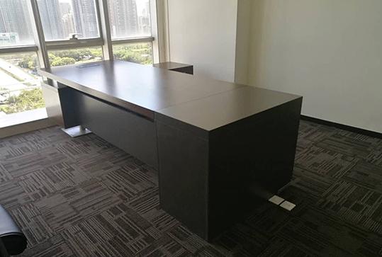 红棕色严谨稳重老板桌、经理桌