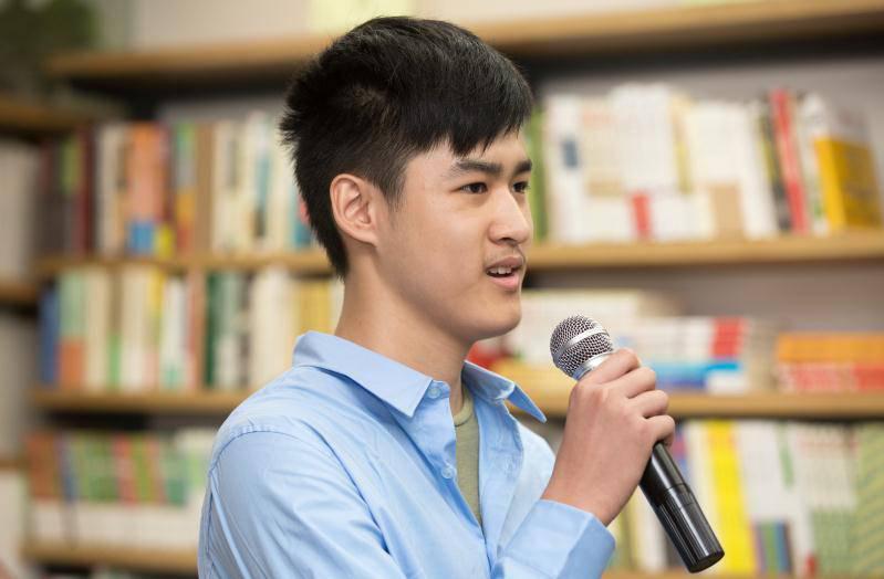 蒲公英泉源学校高2017届学生毕业啦