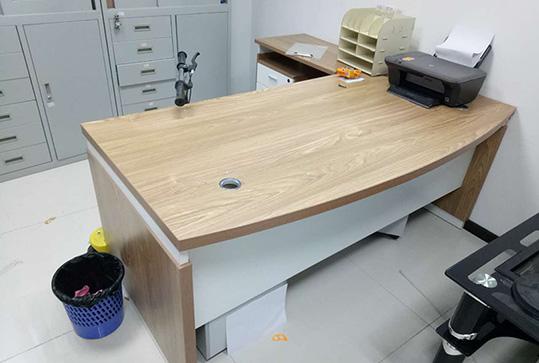复古木纹色版式大班台、经理桌