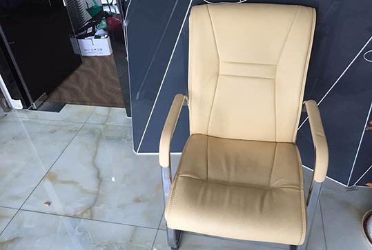 软皮舒适员工座椅、会议室座椅