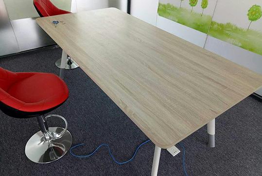 原木色多尺寸长方形会议桌
