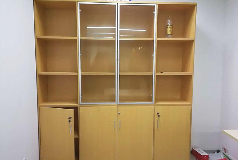 4开门姜黄色办公文件柜、储物柜