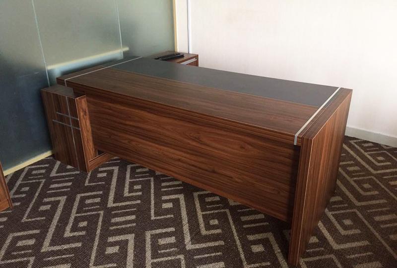 胡桃色美观大气老板桌、经理桌