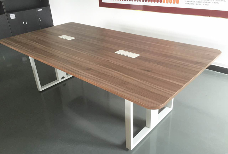 木纹色线条流畅办公会议桌