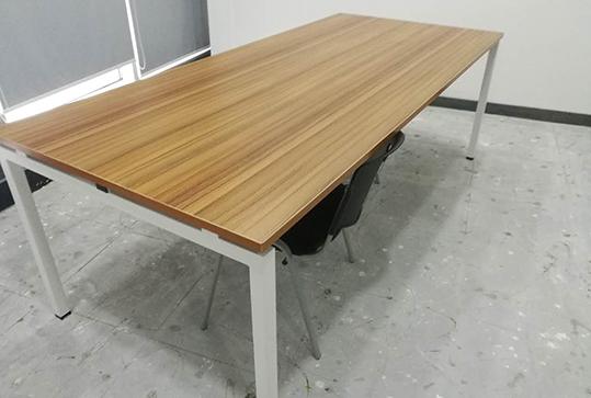 极致简约木纹色长方形会议桌