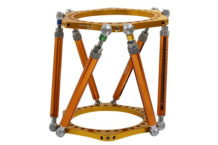 计算机辅助三维外固定支架