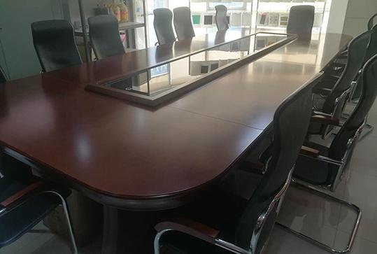 大型稳重大气会议桌、长桌