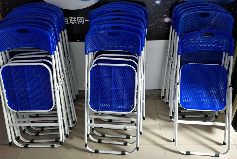 可折叠常规蓝色透气培训椅