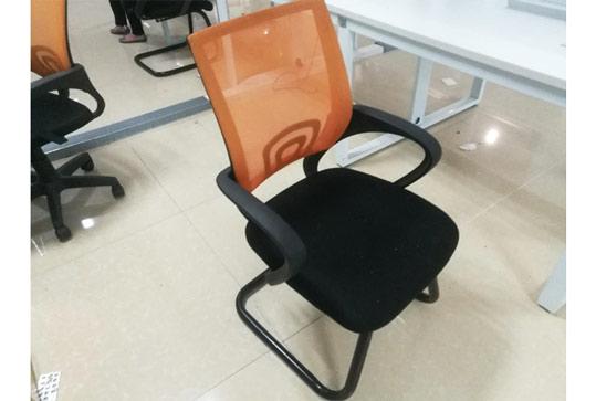 橘色员工靠背办公座椅
