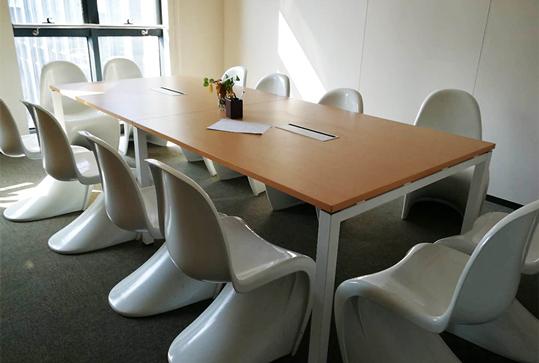 简约型办公会议桌长桌