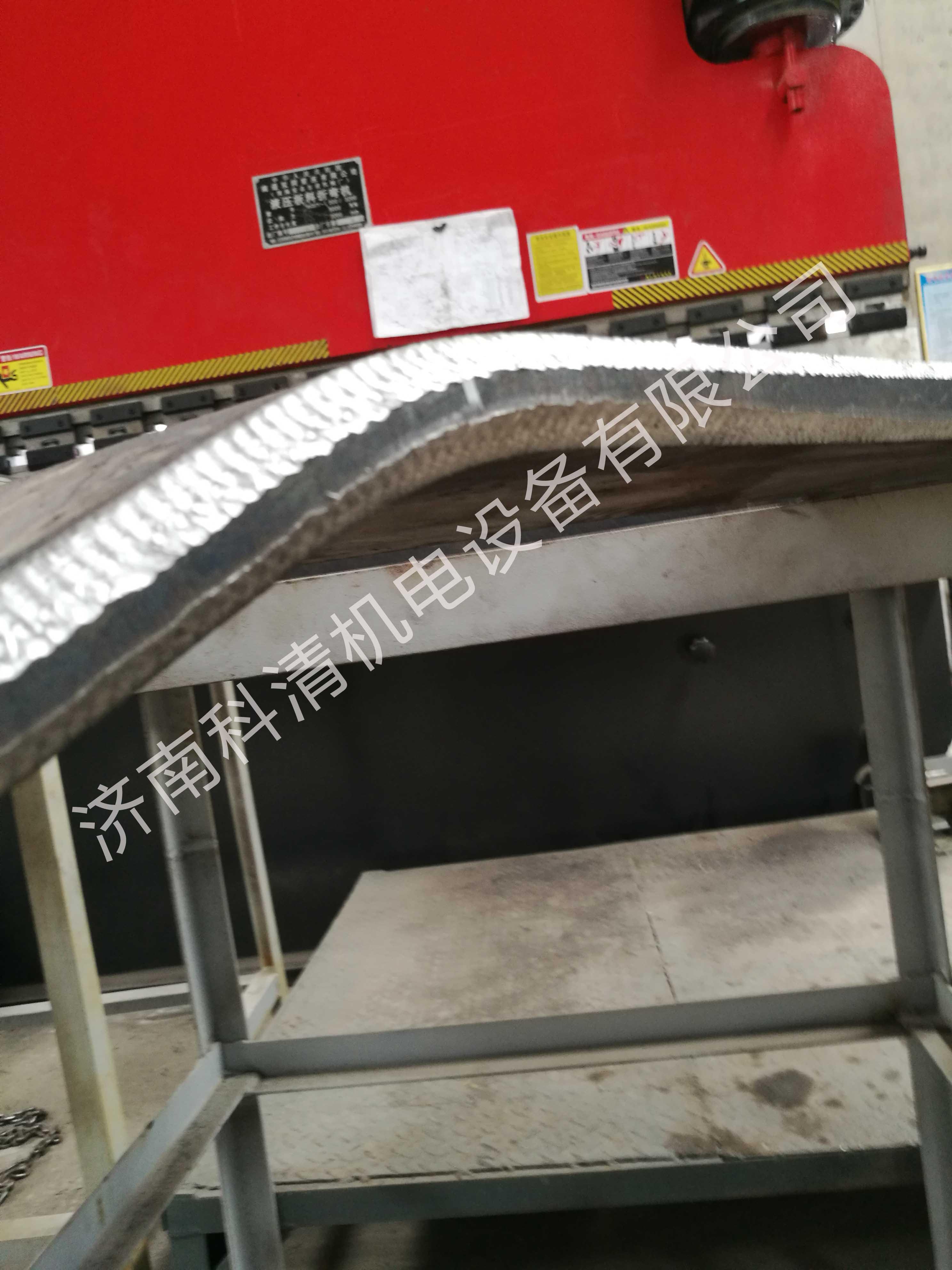 自动行走钢板坡口机异形件开坡口在工程机械中的应用